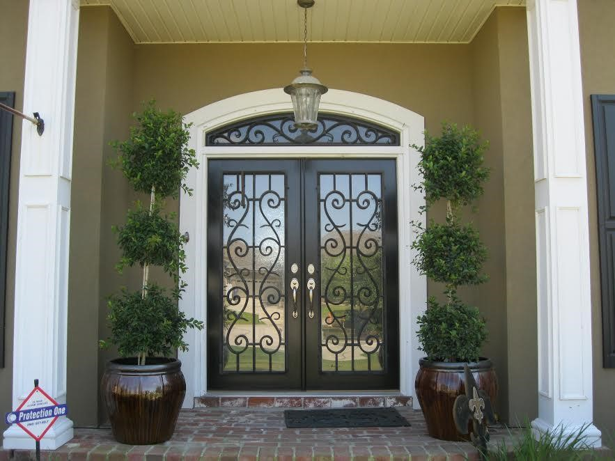 mar17a - Now's the Time to Change out Your Front Entryway