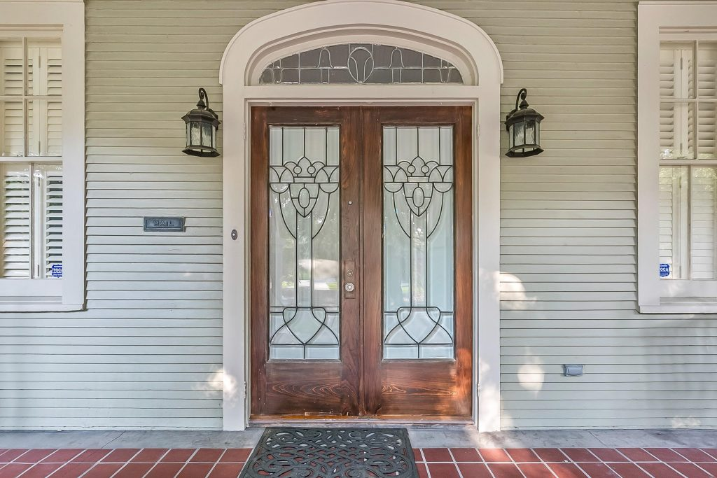031519a 1024x683 - Transform Your Home With Custom Doors