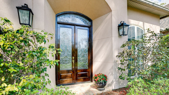 Blossom with the Season - 5 Ways to Update Your Door & Blossom with the Season!